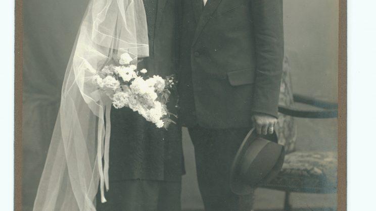 Brautpaar um 1925, Fotoatelier Emil Goetz, Luzern (Stadtarchiv Luzern SALU F2 PA 25.02:01)